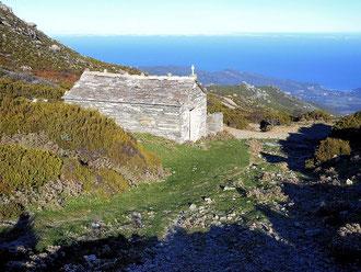 Sisco  (Pieve)- Chapelle Saint-Jean-Baptiste 11e s. remaniée- Mazel p. 243-(Cliché Corse romane)