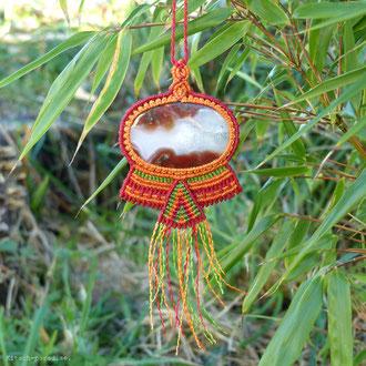 kp kitsch-paradise artisans créateurs création tissage macramé micromacramé couleur nature art pendentif agate crazy pierre stone