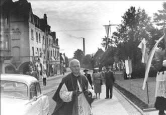 Weihbischof Ferche am 1. 8. 1954