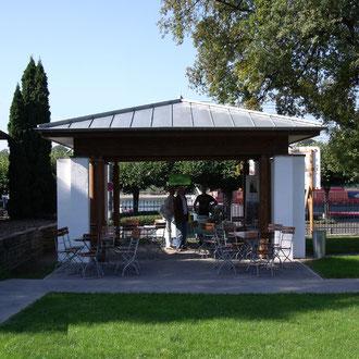 Pavillon im Park der Villa Leonhart, Königswinter