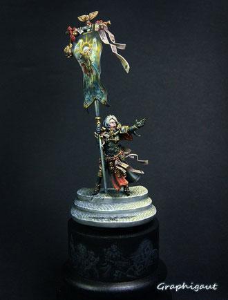 soeur de bataille, battle sister, sculpture sur base de la Sorcière Suprême Elfe Noire (Dark Elve witch), Games Workshop, par Graphigaut