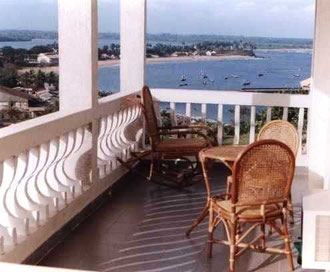balcon hotel le pollet sassandra
