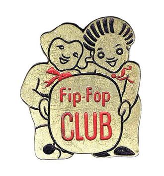 Membri del club Flip-Flop, che si recano al cinema nella grande sala di Le Pont