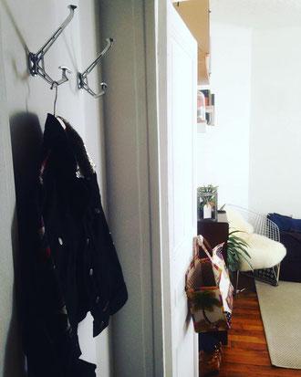 patere design, patère, pateres, porte manteau design, idée déco entrée maison, entrée de maison moderne, porte manteau de porte, crochet porte manteau, patere moderne, patere vintage