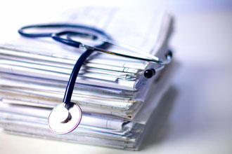 Consultation au cabinet de Mathilde Klauk Ostéopathe D.O. à Orléans - examens complémentaires pour les adultes, carnet de santé pour les nourrissons et les bébés