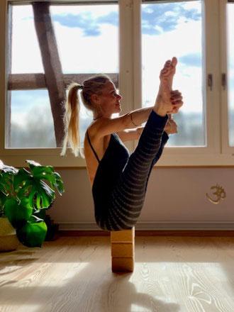 Nalini, Live Yoga, Live-Yoga-Stunden