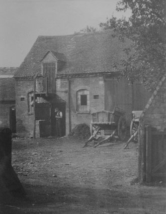 Hyron Hall farmyard (Birmingham Libraries)