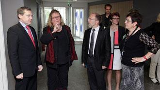Les conseillers généraux à la rencontre des agents du conseil général du CMS de Coutances - En savoir plus sur manche.fr