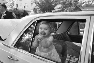 Das Auto macht auch den Kleinsten Spaß
