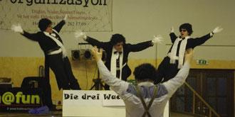 """5. März 2011 - Line-Dance und """"Die drei Wackeltenöre"""""""