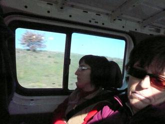 NIMES 2011  en los viajes nadie se duerme jeje