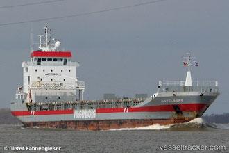 MV Dintelborg, ein recht modernes Schiff, wohl nicht mehr im Transport radioaktiven Materials