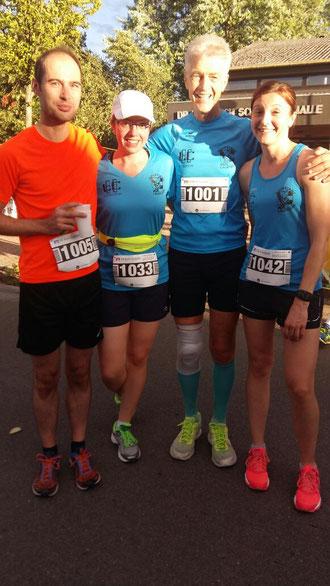 von links Dominik, Annika, Wolfgang und Kathrin. Auch nach dem Lauf noch ziemlich frisch.