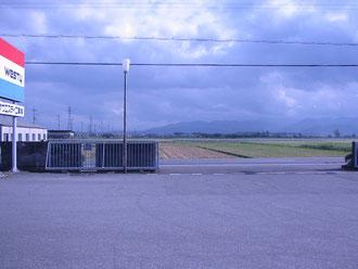 弊社の前に広がる長閑な田園風景