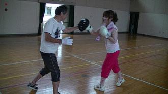 名古屋盲学校体育館での練習風景