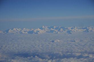 ...et soudain mes montagnes qui pointent à travers les nuages