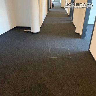Teppichböden verlegt in Büro