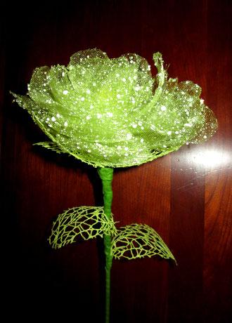 Fleur réalisé avec un rouleau de chemin de table