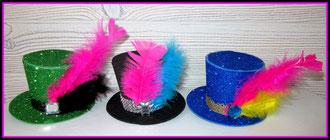 Petit chapeau en feuille mousse pour Nouvel an