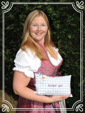 Julia Georgi Die Wohlfühlzirbe Zirbenkissen Bayern Zirbe