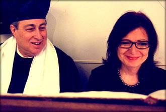 Kantor Isaac Sheffer und Chorleiterin Regina Yantian