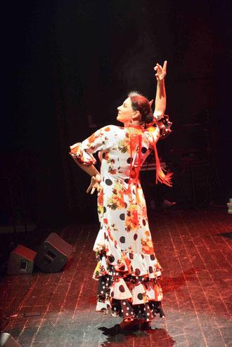 La Tita, professeur de danse(D. Sherwin-White)