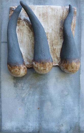les 3 corps nus,cornus, cornues 55 x 35 cm