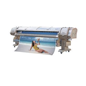 Direktdruck auf PVC für Banner, Roll-Ups und Counter