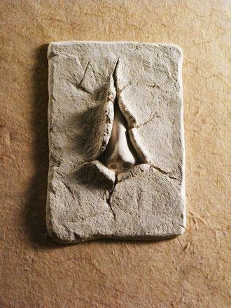 Nase. neugierig. Nase aus Gips. Neugier als Kunstobjekt.Emotion als Objekt dargestellt vom Bildhauer Gunter Schmidt.