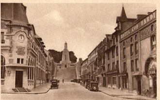 Blick auf das Siegesmonument in den 30-er Jahren...- Postkarte