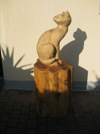Katze aus Robinie 120cm