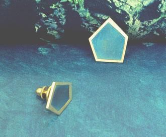 Taimia Jewellery - Schmuck - Penttilo - Pin fünfeckig Titan Messing - pin pentagonal titanium brass