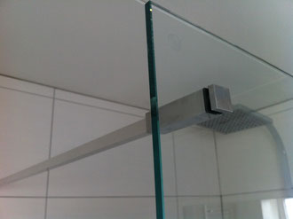 Stabbilisatorstange Eckige Ausführung mit Lochbohrung im Glas