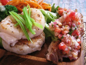里芋のフリコ、チキンソテー野菜ソース