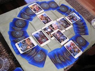 マンダラ風にカードを読む