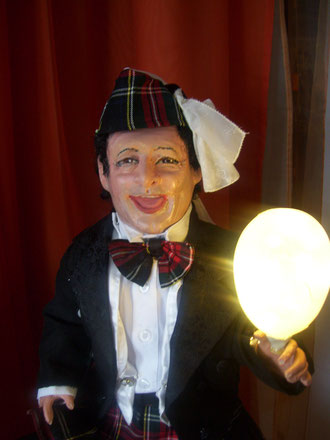 Steve Eleky...Spaßmacher Puppe nach Foto handmodelliert