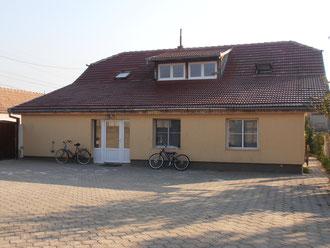 Haus V - Wohnhaus für eine Kindergruppe, Gemeindesaal