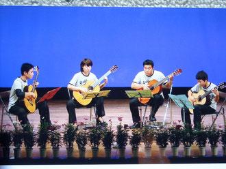 2010年≪ビア樽ポルカ≫家族合奏/四重奏