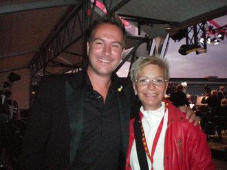 Kai Pätzmann im Gespräch mit der Besucherin Sigrid Schmidt