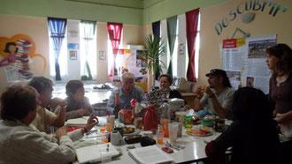 Visita al grupo literario en el CRA de la escuela 262
