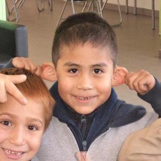 """""""...y ahora, Niños, atención !!!, escuchen atentamente, abran bien los oídos..""""  21.05.2012"""
