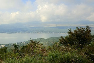 大平山から山中湖と富士山