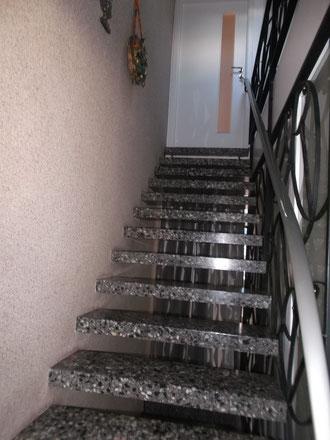"""Treppenaufgang zur Wohnung Fernblick im Feriendomicil """" Paradies """""""