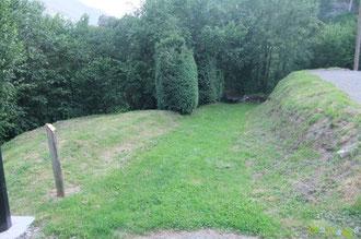 N°21/ En descendant côté Igaüt, fauchage à la manière d'un jardin public par l'employé communal d'Aydius