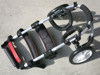 犬の車いす 犬用車椅子 犬車イス 車椅子犬 犬歩行器 コーギー車いす ダックス車椅子 DogKart クララワークス 犬の駅
