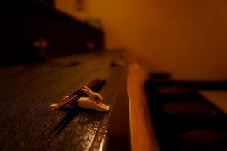 木曾の檜の一枚板のカウンター
