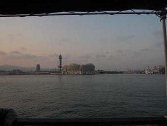 バルセロナでは夕暮れ時に遊覧船に乗ったりもしました。ちょっとロマンティック?w