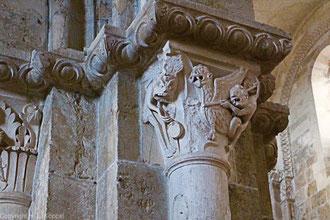 Bild: Kapitelle in der Basilika Sainte Marie Madeleine in Vézelay