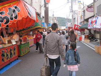 祭り① 出店通りを歩くと何だかウキウキします。