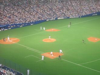 野球① 中日vs巨人戦。中日の攻撃中。